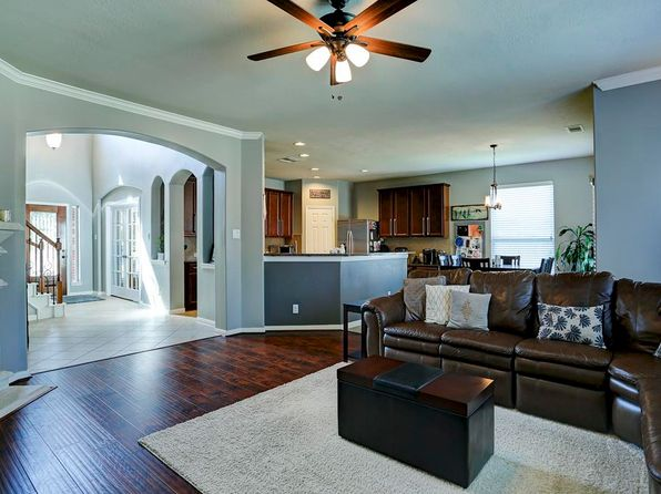 4 bed 3.5 bath Single Family at 2808 Silhouette Bay Dr Pearland, TX, 77584 is for sale at 360k - 1 of 25