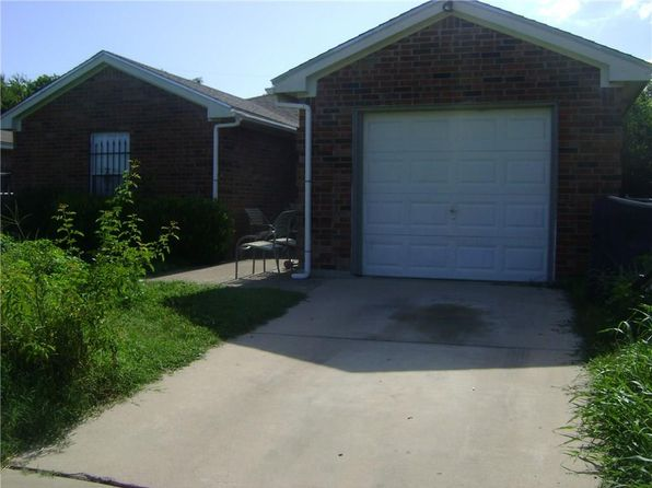 3 bed 2 bath Single Family at 3102 Gould Ave Fort Worth, TX, 76106 is for sale at 130k - 1 of 14