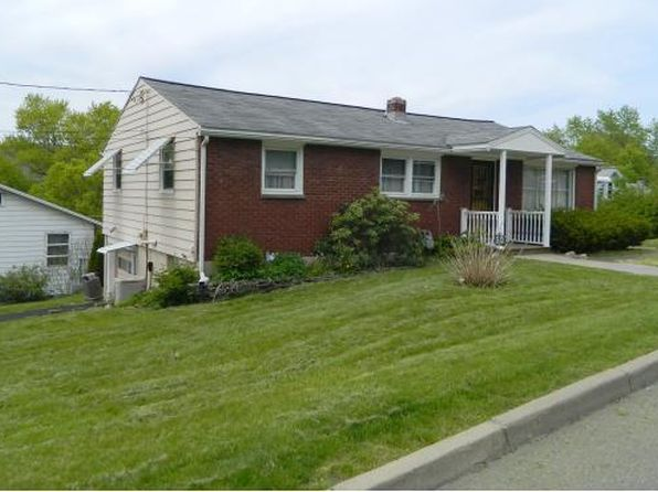 3 bed 1 bath Single Family at 501 Barnes Ave Endicott, NY, 13760 is for sale at 90k - 1 of 14
