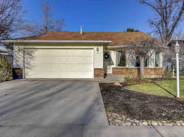 2 bed 2 bath Single Family at 8270 W Clubhouse Ln Boise, ID, 83714 is for sale at 215k - 1 of 18