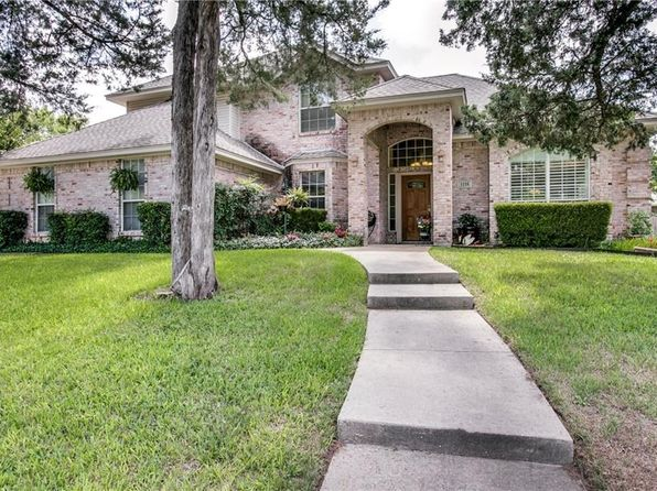 3 bed 3 bath Single Family at 1116 Douglas Dr Cedar Hill, TX, 75104 is for sale at 230k - 1 of 25