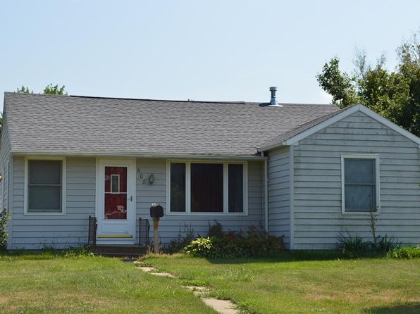 2 bed 1 bath Single Family at 608 W 13th St Vinton, IA, 52349 is for sale at 65k - 1 of 3