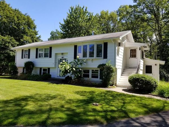 5 bed 2 bath Single Family at 12 Avon Dr Shrewsbury, MA, 01545 is for sale at 375k - 1 of 26