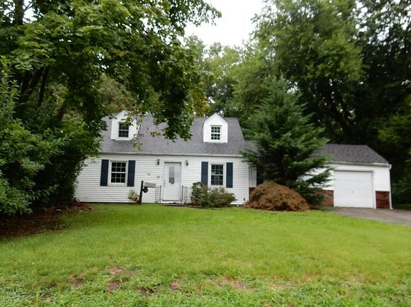 2 bed 1 bath Single Family at 23 Brookside Ave Pompton Plains, NJ, 07444 is for sale at 144k - 1 of 14