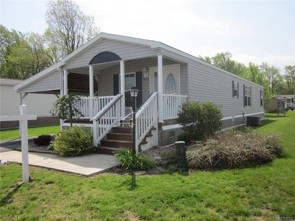 2 bed 1 bath Single Family at 9903 Newmarket Ave Clarence, NY, 14031 is for sale at 60k - 1 of 17