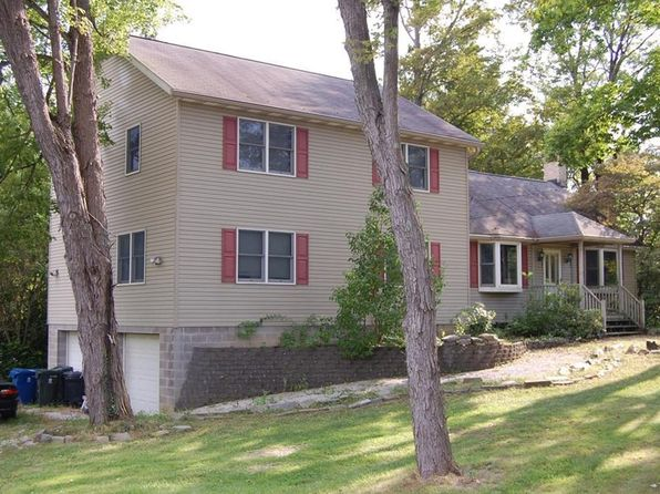 3 bed 3 bath Condo at 1164 Twinsburg E Rd House Macedonia, OH, 44056 is for sale at 289k - google static map