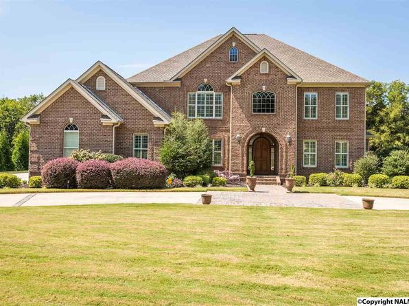 4 bed 5 bath Single Family at 3721 S Woodtrail Rd SW Decatur, AL, 35603 is for sale at 560k - 1 of 49