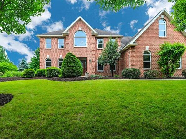 4 bed 2.5 bath Single Family at 2 Carousel Ln Easton, PA, 18045 is for sale at 525k - 1 of 25
