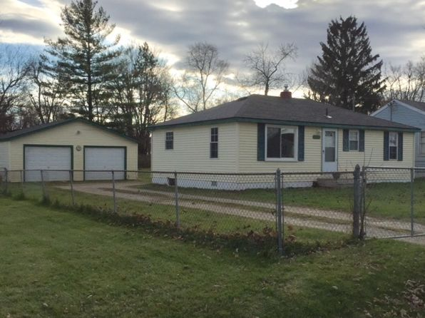 2 bed 1 bath Single Family at 1457 MARK ST FLINT, MI, 48507 is for sale at 57k - 1 of 19