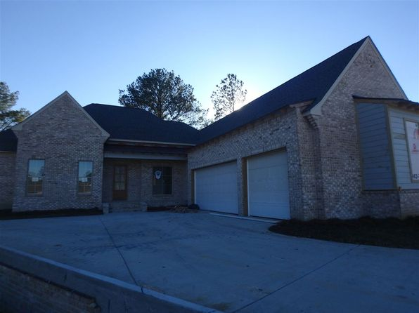 4 bed 3 bath Single Family at 156 Greenway Ln Madison, MS, 39110 is for sale at 393k - 1 of 10