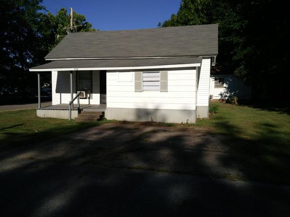 2 bed 1 bath Single Family at 526 Maple St Tupelo, MS, 38804 is for sale at 45k - 1 of 5