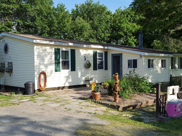 3 bed 2 bath Single Family at 273 Como Rd Lake Como, PA, 18437 is for sale at 170k - 1 of 28