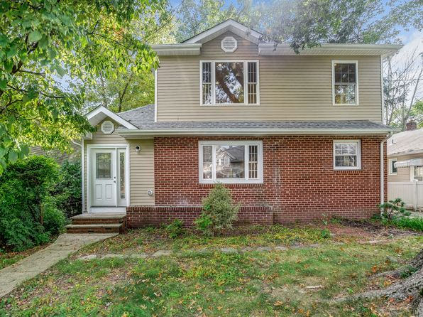 5 bed 3 bath Single Family at 9 Arnet Pl Cranford, NJ, 07016 is for sale at 659k - 1 of 25