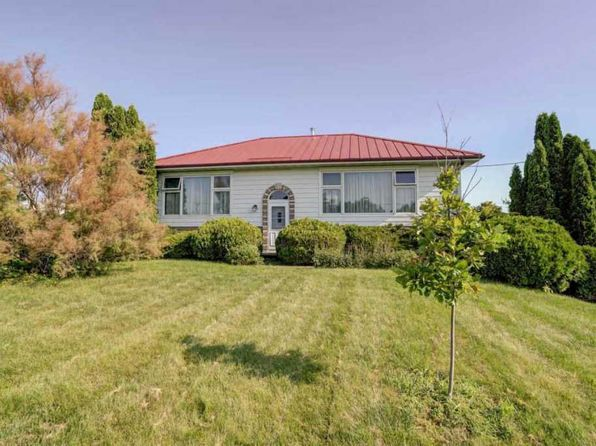 3 bed 2 bath Single Family at 2768 Yahara Rd Stoughton, WI, 53589 is for sale at 255k - 1 of 25