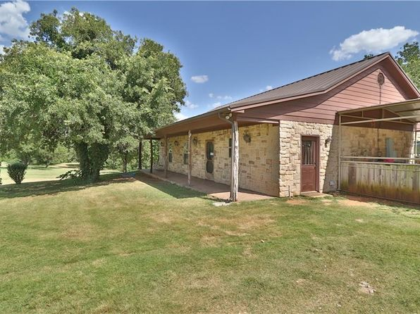 3 bed 3 bath Single Family at 1153 County Road 1591 Alvord, TX, 76225 is for sale at 439k - 1 of 36