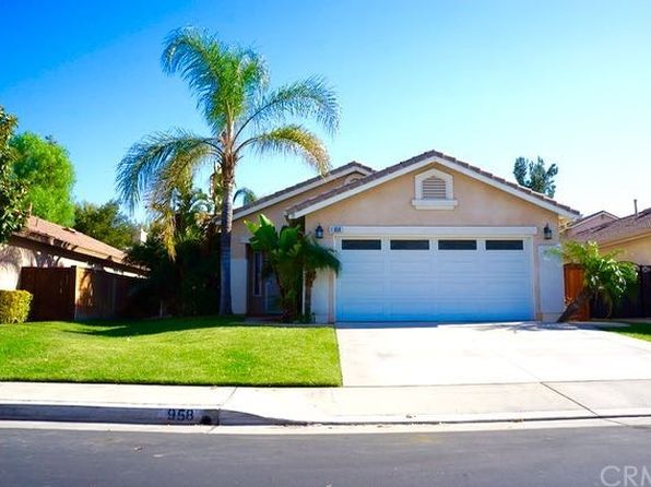 3 bed 2 bath Single Family at 958 Miraflores Dr Corona, CA, 92882 is for sale at 447k - 1 of 14