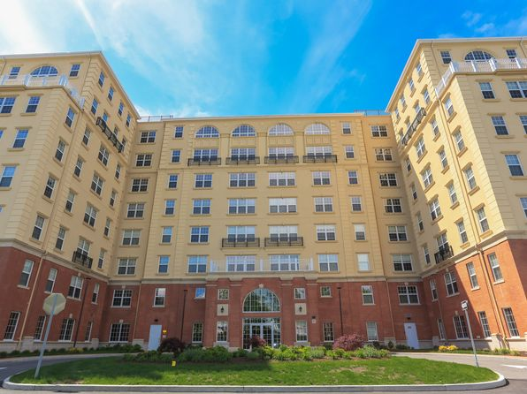 2 bed 3 bath Condo at 10 Byron Pl Larchmont, NY, 10538 is for sale at 975k - 1 of 23