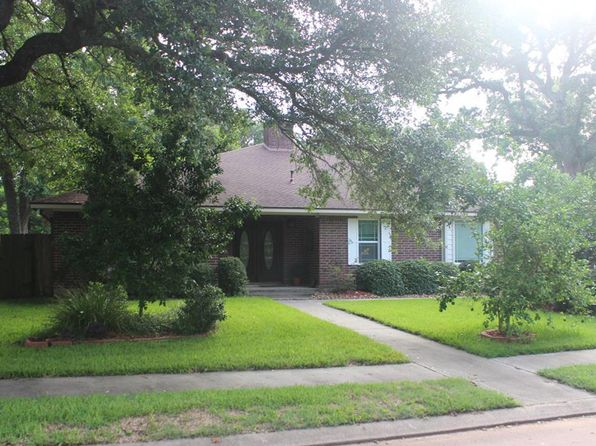 4 bed 4 bath Single Family at 324 Juniper St Lake Jackson, TX, 77566 is for sale at 330k - 1 of 20