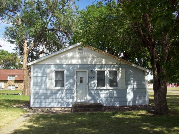 3 bed 1 bath Single Family at 323 S Harvard St Aberdeen, SD, 57401 is for sale at 61k - 1 of 28
