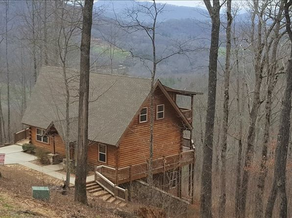 3 bed 3 bath Single Family at 1500 Skyview Dr Hayesville, NC, 28904 is for sale at 210k - 1 of 24