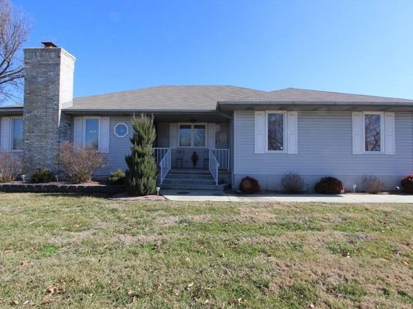 3 bed 2 bath Single Family at 1430 S Fairwood Ave Springfield, MO, 65809 is for sale at 184k - 1 of 21
