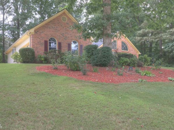 4 bed 3 bath Single Family at 175 Millers Oak Way Jonesboro, GA, 30238 is for sale at 170k - 1 of 17