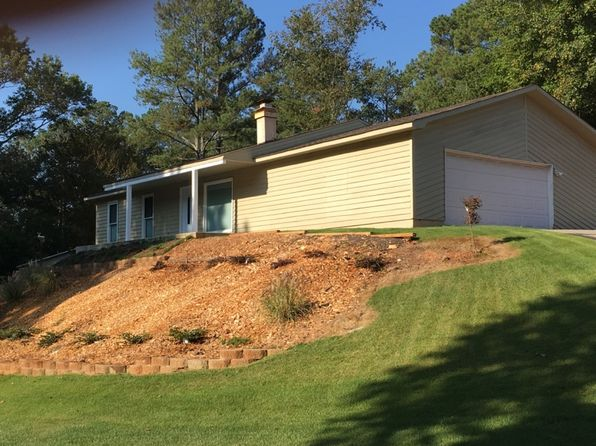 3 bed 2 bath Single Family at 265 Parkmont Ct Roswell, GA, 30076 is for sale at 260k - 1 of 21