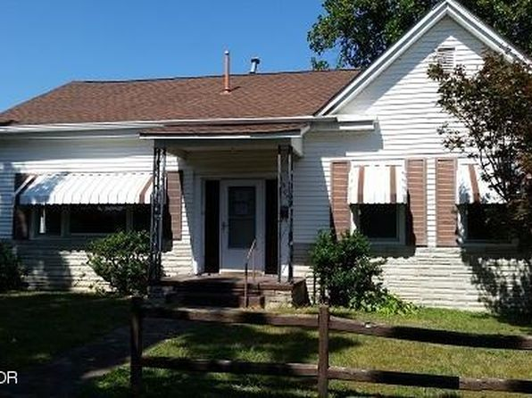 3 bed 1 bath Single Family at 307 E 7th St Metropolis, IL, 62960 is for sale at 18k - 1 of 22