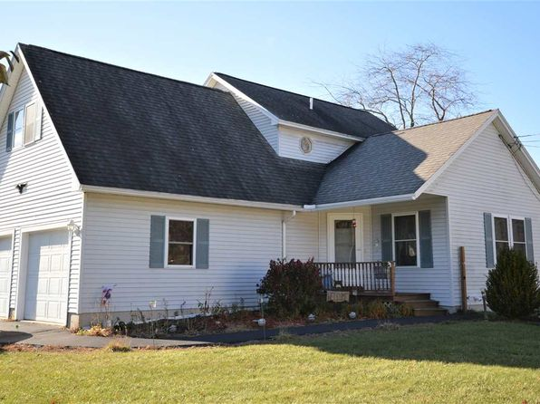 3 bed 3 bath Single Family at 5 Lighthouse Way Seabrook, NH, 03874 is for sale at 350k - 1 of 23