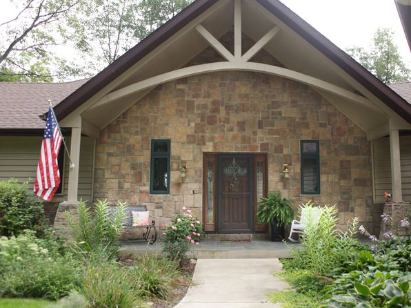 3 bed 3 bath Single Family at 16200 Henderson Ln Mackinaw, IL, 61755 is for sale at 499k - 1 of 25