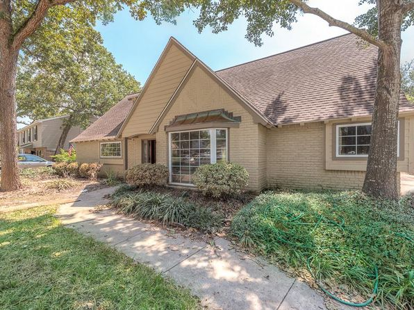 4 bed 3 bath Single Family at 14231 Carolcrest Dr Houston, TX, 77079 is for sale at 450k - 1 of 20