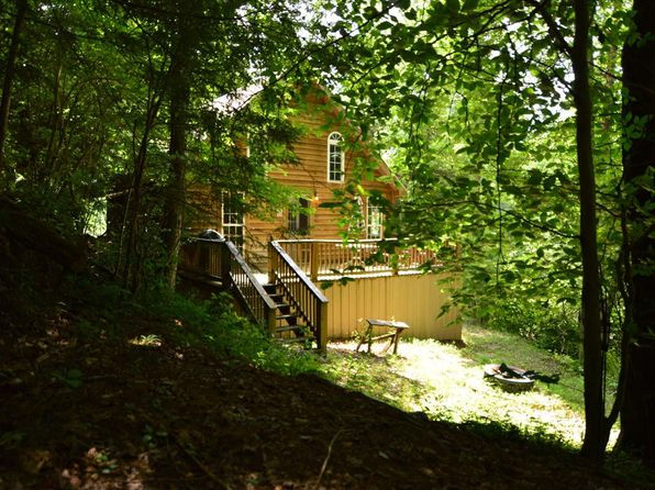 2 bed 1 bath Single Family at 67 Peaceful Valley Retreat Beattyville, KY, 41311 is for sale at 62k - 1 of 32