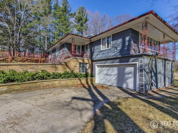 3 bed 4 bath Single Family at 11500 Baker Rd Greenville, MI, 48838 is for sale at 425k - 1 of 72