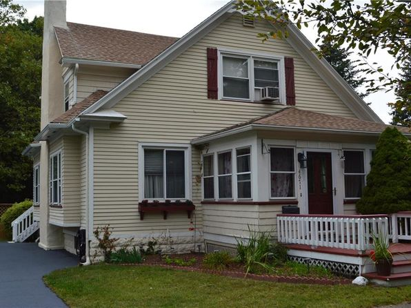 3 bed 2 bath Single Family at 4671 Saint Paul Blvd Rochester, NY, 14617 is for sale at 146k - 1 of 24