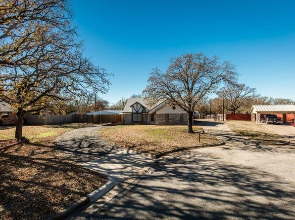 4 bed 3 bath Single Family at 9716 Windsor Cir Fort Worth, TX, 76140 is for sale at 245k - 1 of 34