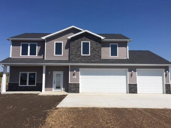 4 bed 3 bath Single Family at 2467 Helen Dr N Mandan, ND, 58554 is for sale at 330k - 1 of 41