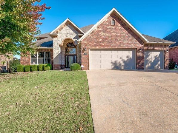 4 bed 3 bath Single Family at 3802 SW Lone Oak Ave Bentonville, AR, 72712 is for sale at 330k - 1 of 29