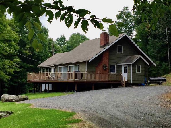 3 bed 2 bath Single Family at 211 LOWER HIGHLAND CIR ROXBURY, NY, 12474 is for sale at 230k - 1 of 29