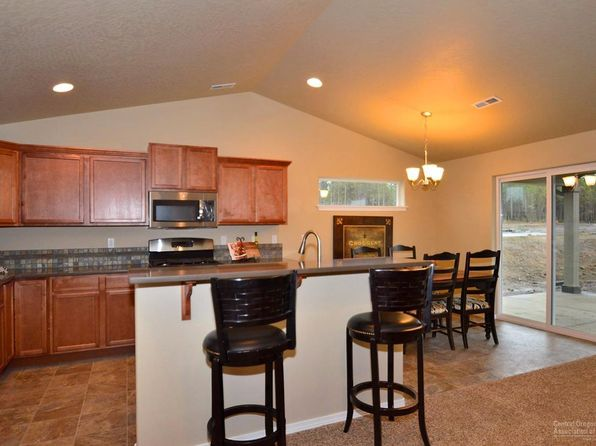 3 bed 2 bath Single Family at 40 Quince Ln Redmond, OR, 97756 is for sale at 222k - 1 of 9
