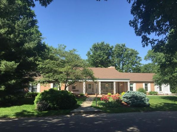 3 bed 2 bath Single Family at 305 Lone Beech Rd Monticello, IL, 61856 is for sale at 190k - 1 of 28
