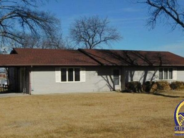 3 bed 2 bath Single Family at 1308 N Highway 99 Emporia, KS, 66801 is for sale at 0 - 1 of 8