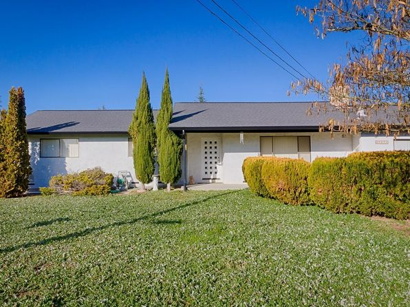 3 bed 2 bath Single Family at 7875 Twin Pine Ln Sebastopol, CA, 95472 is for sale at 613k - 1 of 20