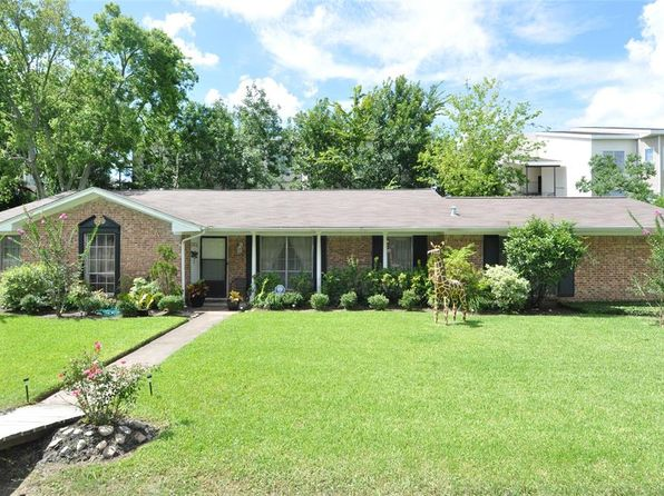 3 bed 2 bath Single Family at 8505 Williamcrest Ln Houston, TX, 77071 is for sale at 175k - 1 of 22