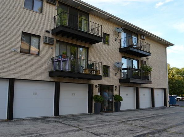 1 bed 1 bath Condo at 10323 Mayfield Ave Oak Lawn, IL, 60453 is for sale at 89k - 1 of 13