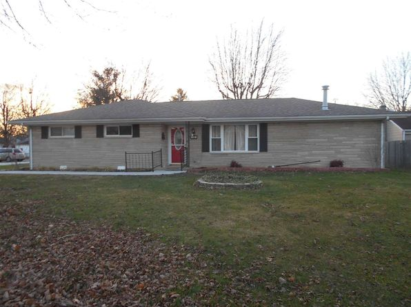 3 bed 2 bath Single Family at 913 N PINE ST SEYMOUR, IN, 47274 is for sale at 125k - 1 of 19