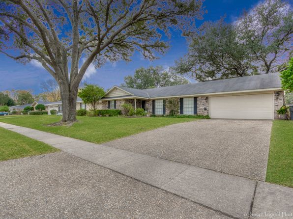 4 bed 2 bath Single Family at 1513 Cambridge Dr Shreveport, LA, 71105 is for sale at 211k - 1 of 27