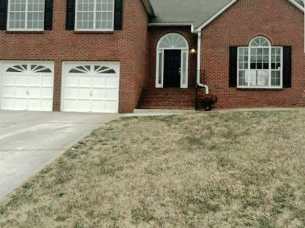 4 bed 3 bath Single Family at 38 Oak Hill Ter Fayetteville, GA, 30215 is for sale at 152k - 1 of 17