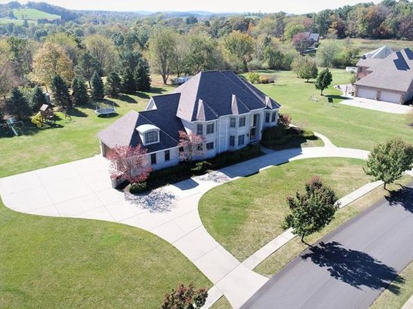6 bed 6 bath Single Family at 108 Windwood Heights Dr Cranberry Twp, PA, 16066 is for sale at 950k - 1 of 23