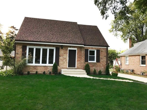 3 bed 3 bath Single Family at 208 N Elmhurst Ave Mount Prospect, IL, 60056 is for sale at 395k - 1 of 32