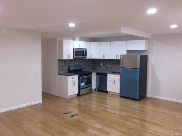 5 bed 2 bath Single Family at 3324 Gunther Ave Bronx, NY, 10469 is for sale at 445k - 1 of 17